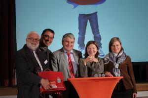 Beim Bildungsdialog für die Gemeinschaftsschule in Augsburg: Martin Güll, Linus Förster, Harald Güller, Helga Schmitt-Bussinger und Simone Strohmayr.