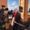 Interview unter den Arkaden im Landtag.