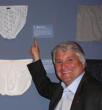 """Mein Gott Walter! Das wird wohl manche Frau rufen beim Anblick dieser Unterhose, die tatsächlich """"Walter"""" heißt und laut Augsburger Textilmuseum vorwiegend von über 50-jährigen SPD-Wählern getragen wird."""