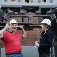 Bei MAN-Roland in der Gießerei mit MdB Ulrike Bahr.