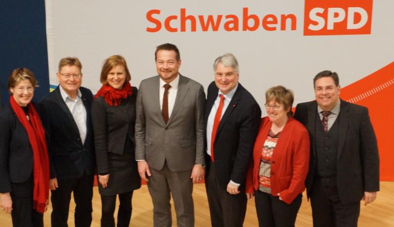 Harald Güller mit Bezirks- und Landtagskandidaten